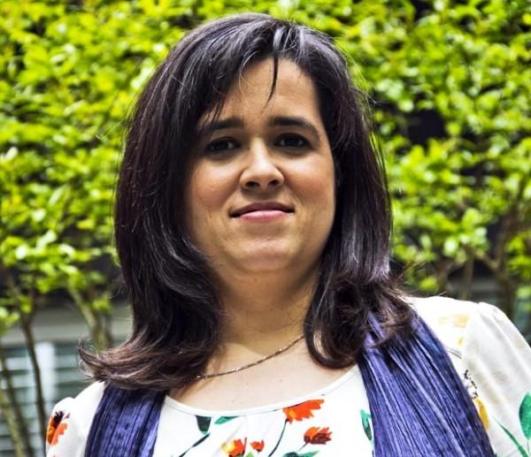 Prémio LeYa 2013 entregue a Gabriela Ruivo Trindade