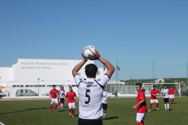 Luís Silva e Marmelo são reforços do CF Estremoz
