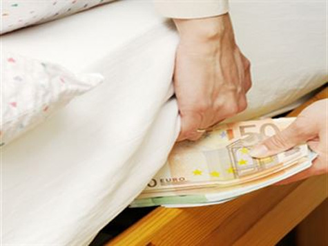 """Depositantes com mais de 100 mil euros """"chamados"""" a salvar os bancos"""